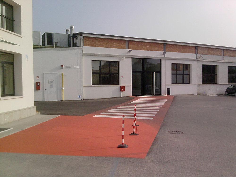 best service 486b5 89ad3 rifacimento manti asfaltici, Geox Spa (Montebelluna)